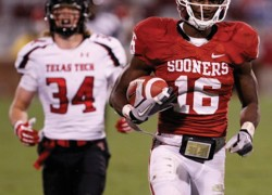 Column: Through suspensions, Stoops shows Sooners he's serious