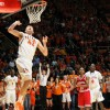 Illini men's basketball upsets No. 1 Indiana 74-72 off Griffey buzzer-beater